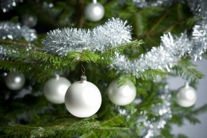 1605242-silver-decorated-christmas-tree-with-balls-and-chains
